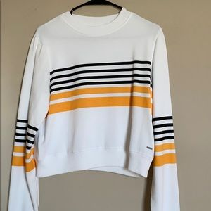 Hollister Cropped Crew Neck